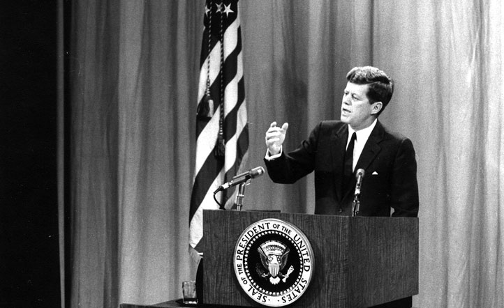 JFK Talks to Publishers about the Bay of Pigs